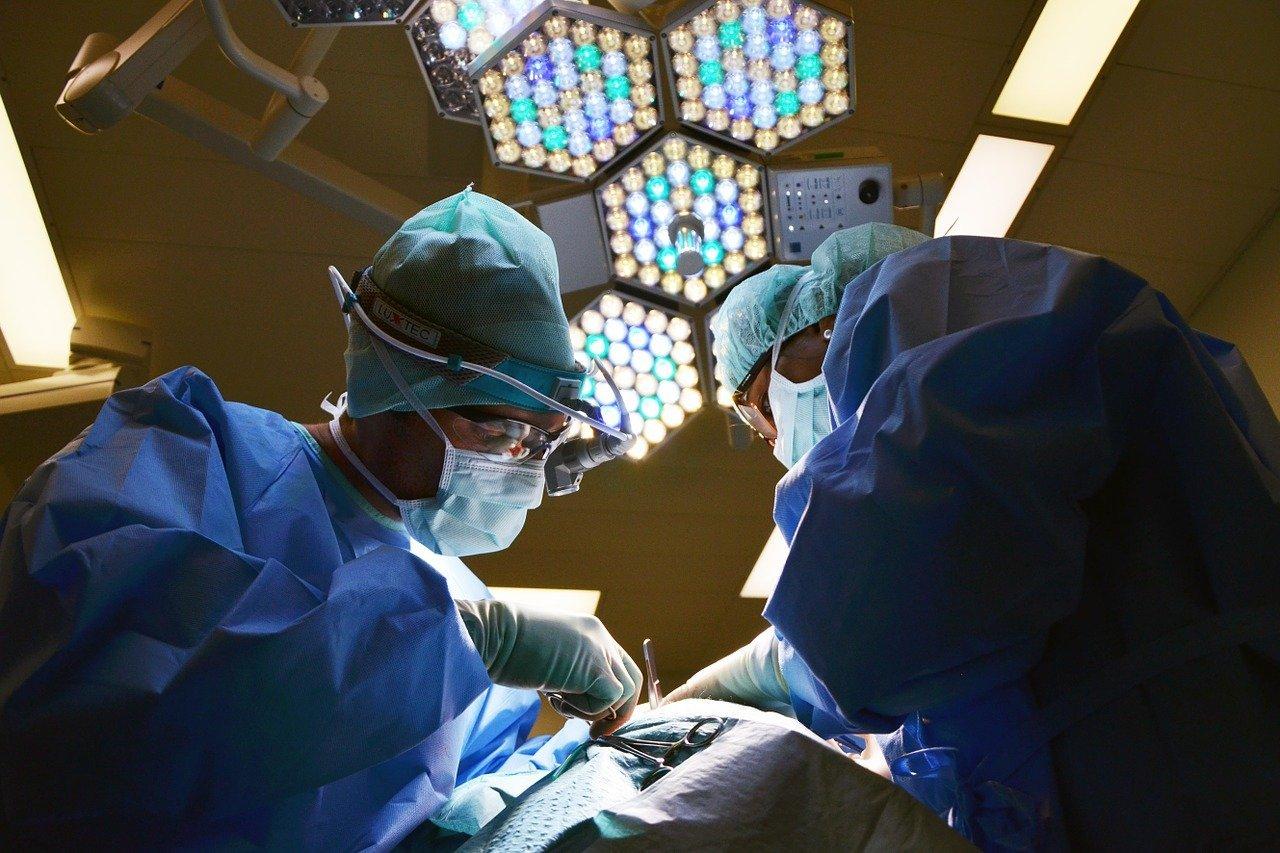 Leeds lie detector, Leeds polygraph examiner, Leeds lie detector test, cosmetic surgery practice